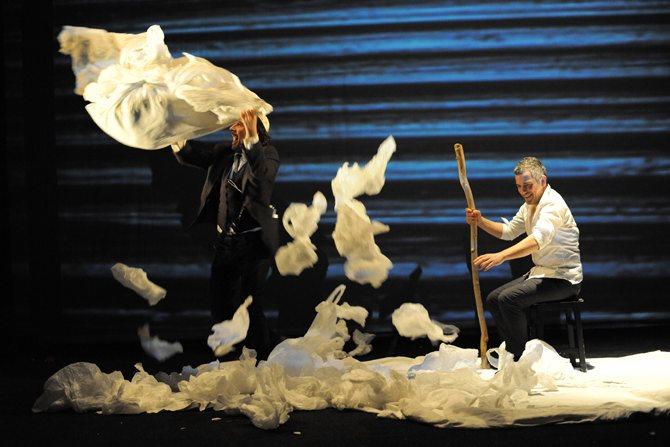 L'Attentat - Critique sortie Avignon / 2016 Avignon Avignon Off. Théâtre des Halles