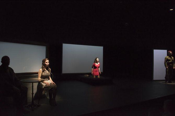 Luz - Critique sortie Avignon / 2016 Avignon Avignon Off. Théâtre du Roi René