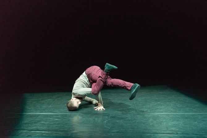 Julien Gros, artiste associé au Golovine - Critique sortie Avignon / 2016 Avignon Avignon Off. Théâtre Golovine