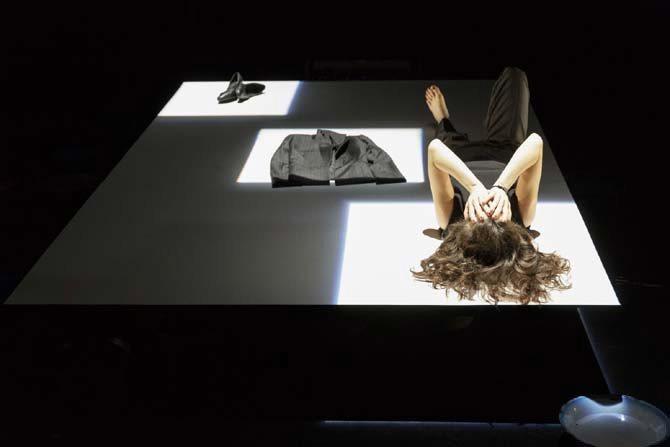 Me taire - Critique sortie Avignon / 2016 Avignon Avignon Off. Maison du théâtre pour enfants