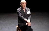 Crédit : Baptiste Almodovar Légende : Dominique Dupuy dans Acte sans paroles de Samuel Beckett.