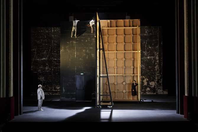 Espæce - Critique sortie Théâtre