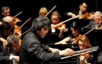 Le chef d'orchestre Kazushi Ono.  © Jean-Pierre Maurin