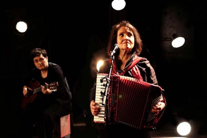 Michèle Bernard - Critique sortie Jazz / Musiques Paris Café de la Danse