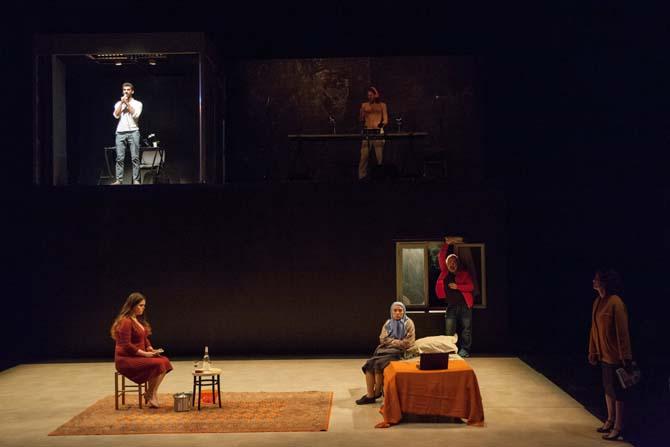 Alors que j'attendais - Critique sortie Théâtre Paris Le Tarmac