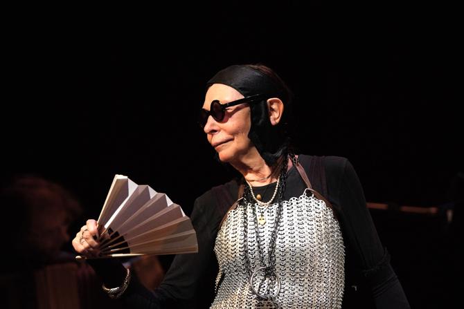 Brigitte Fontaine - Critique sortie Jazz / Musiques Paris Le Centquatre