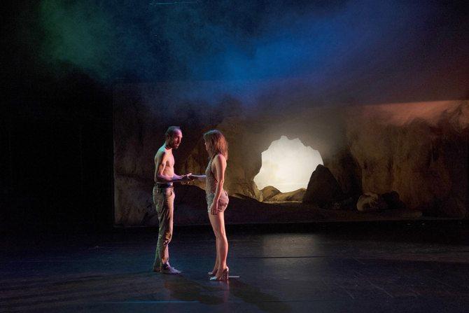 Crédit photo : Clémence de Limbourg Légende : Darius, Stan et Gabriel contre le monde méchant, de Claude Schmitz.
