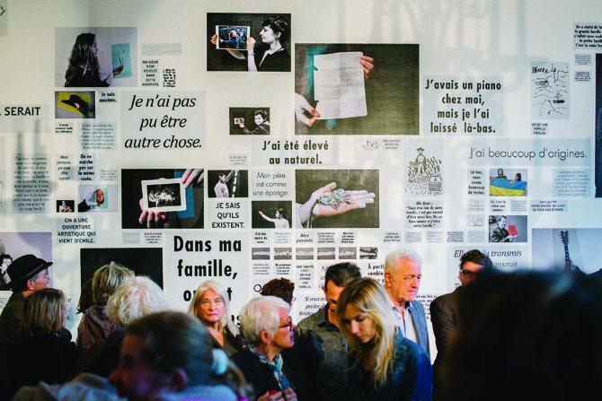 © Clément Minair Un vernissage lors d'une soirée Théma.