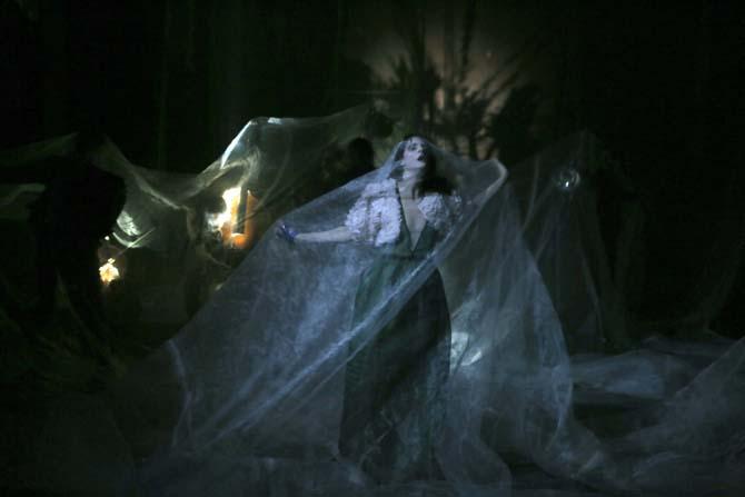 Traviata, vous méritez un avenir meilleur - Critique sortie Théâtre Paris Les Bouffes du Nord