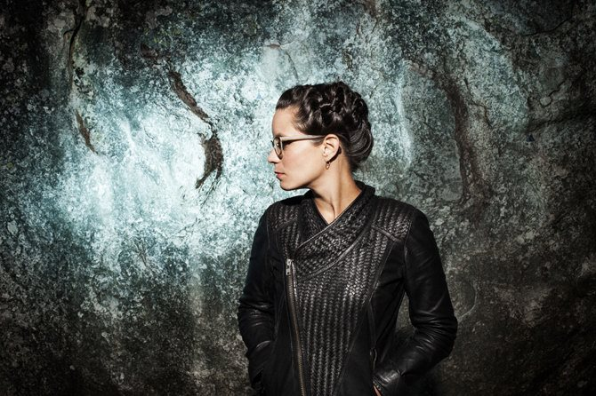 Anne Pacéo - Critique sortie Jazz / Musiques Paris Le Centquatre