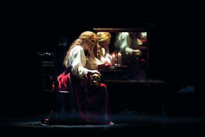Ce qui nous regarde - Critique sortie Théâtre Noisiel La Ferme du Buisson
