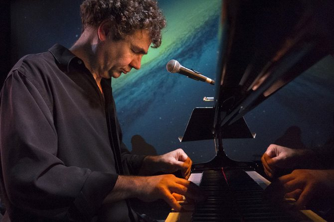 Gerardo Jerez Le Cam - Critique sortie Jazz / Musiques Paris Théâtre des Abbesses