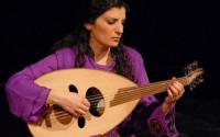 Waed Bouhassoun fit son premier concert à Paris en 2006.