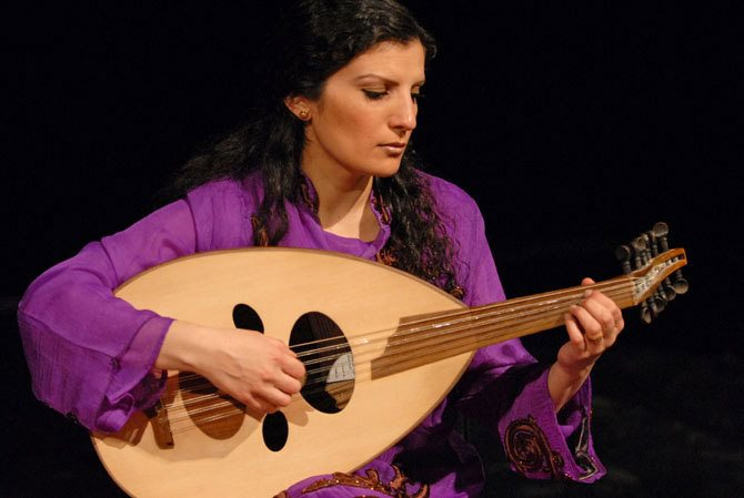 Waed Bouhassoun - Critique sortie Jazz / Musiques Paris Théâtre des Abbesses
