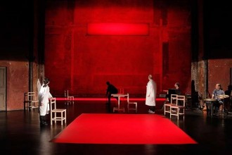 Reprise de The Valley of Astonishment, très beau spectacle de Peter Brook et Marie-Hélène Estienne.  © Pascal Victor / ArtComArt