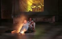 © Michèle Laurent  Une chambre en Inde, spectacle total du Théâtre du Soleil.