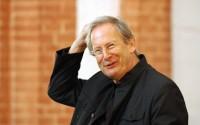 Le chef anglais, grand spécialiste de J.S. Bach.  © Maciej Gozdzielewski