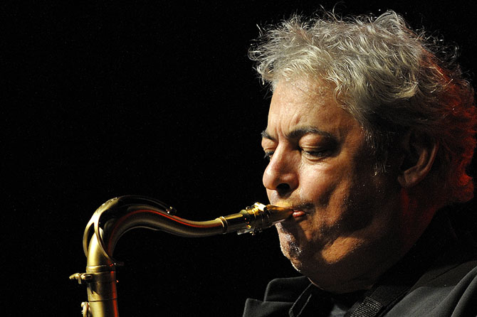 Le saxophoniste Jean-Marc Padovani, programmateur impliqué du Soléart fest' présente sa nouvelle création: « Bab Cantilènes », Ode musicale à tous les suds.
