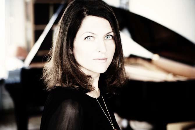 Légende : La pianiste Vanessa Wagner © D. R.