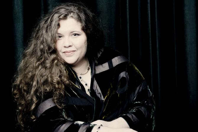 La pianiste bulgare Plamena Mangova, née en 1980, révélée en 2007 en remportant le Deuxième prix du concours Reine Elisabeth de Belgique. © Marco Borggreve