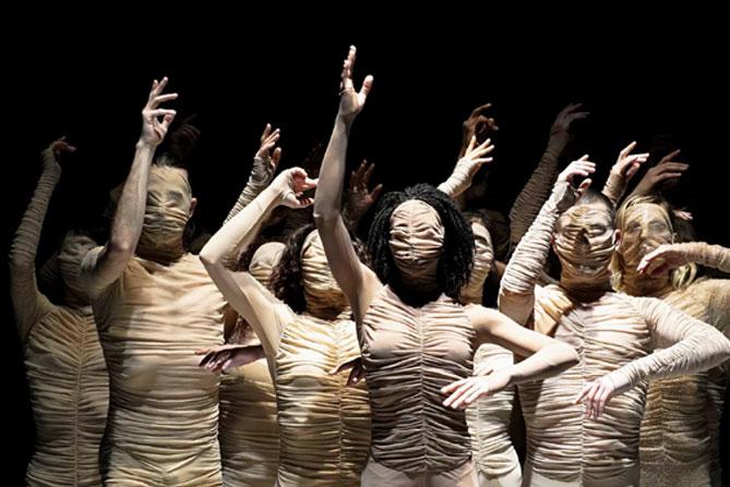 Le Corps du Ballet National de Marseille - Critique sortie Danse Saint-Quentin-en-Yvelines Théâtre de Saint-Quentin-en-Yvelines