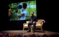 David Nathanson interprète D'autres vies que la mienne à la Reine Blanche.
