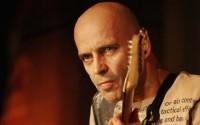 Le guitariste Marc Ducret, toujours à l'affût de nouvelles expériences interdisciplinaires. © M. Kytoharju