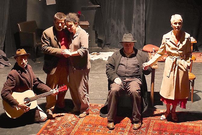 Oncle Vania - Critique sortie Théâtre Paris Essaïon