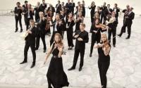 Légende : Douglas Boyd et l'Orchestre de chambre de Paris. © Pierre Morales