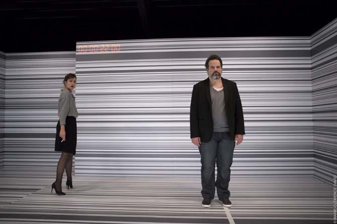 I feel good - Critique sortie Théâtre Paris. Les Déchargeurs