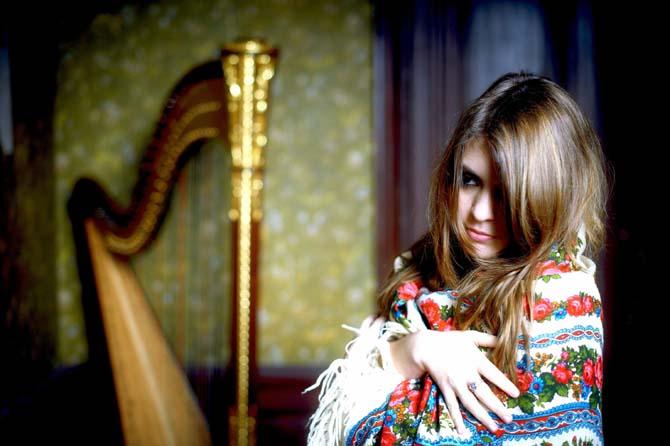 Pauline Haas, nouveau visage de la harpe. © Gregory Massat