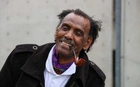 Le poète soudanais Moneim Rahma sera l'un des premiers artistes à entrer sur scène, le 3 mai à l'Eglise Saint-Merri, pour la création des « Exilés poétiques ». (c) Lisa Viola Rossi