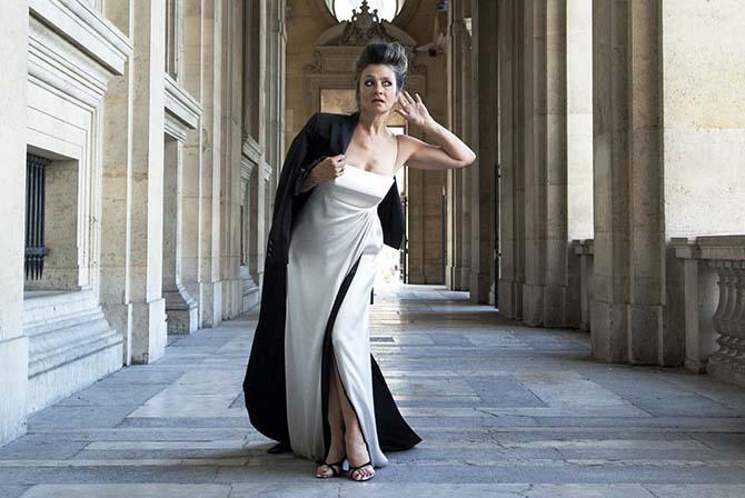 A peine sexagénaire, Catherine Ringer a définitivement l'aura d'une « sénatrice du rock français » comme elle s'en amuse elle-même. © Laura Lago