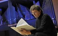 Le compositeur Thierry Escaich, qui vient de recevoir une Victoire de la musique pour son oratorio Cris, est aussi un remarquable instrumentiste et improvisateur.