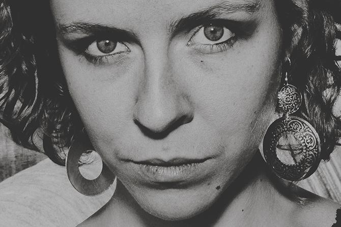 Laura Perrudin - Critique sortie Jazz / Musiques Paris Sunset-Sunside