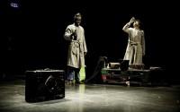 Légende : Fara Fara  au Théâtre de Belleville. CR : Kami