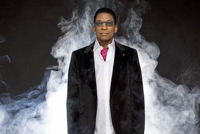 Légende vivante du jazz, Herbie Hancock a reçu l'an passé un Grammy Award récompensant plus de 50 ans d'une carrière exceptionnelle. © Douglas Kirkland