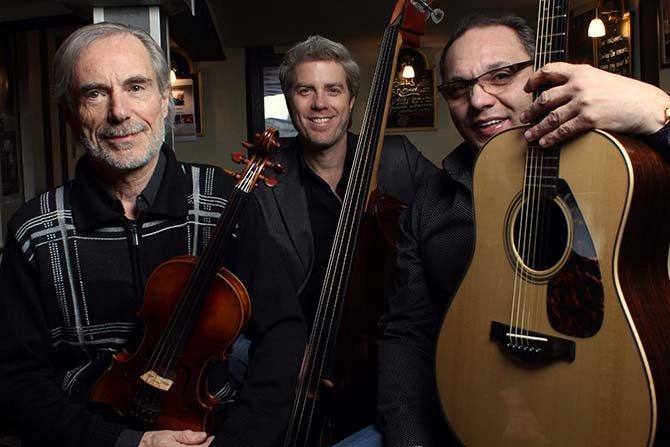 Un nouveau trio à cordes à découvrir : Jean-Luc Ponty, Kyle Eastwood et Biréli Lagrène. © Christian Ducasse