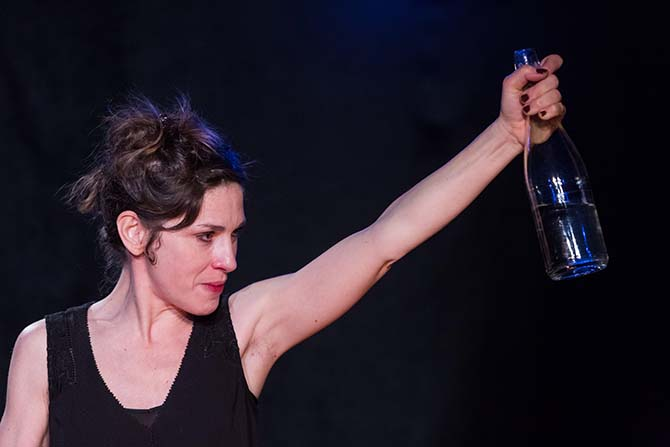 Histoire d'une femme - Critique sortie Avignon / 2017 Avignon Théâtre Les Trois Soleils