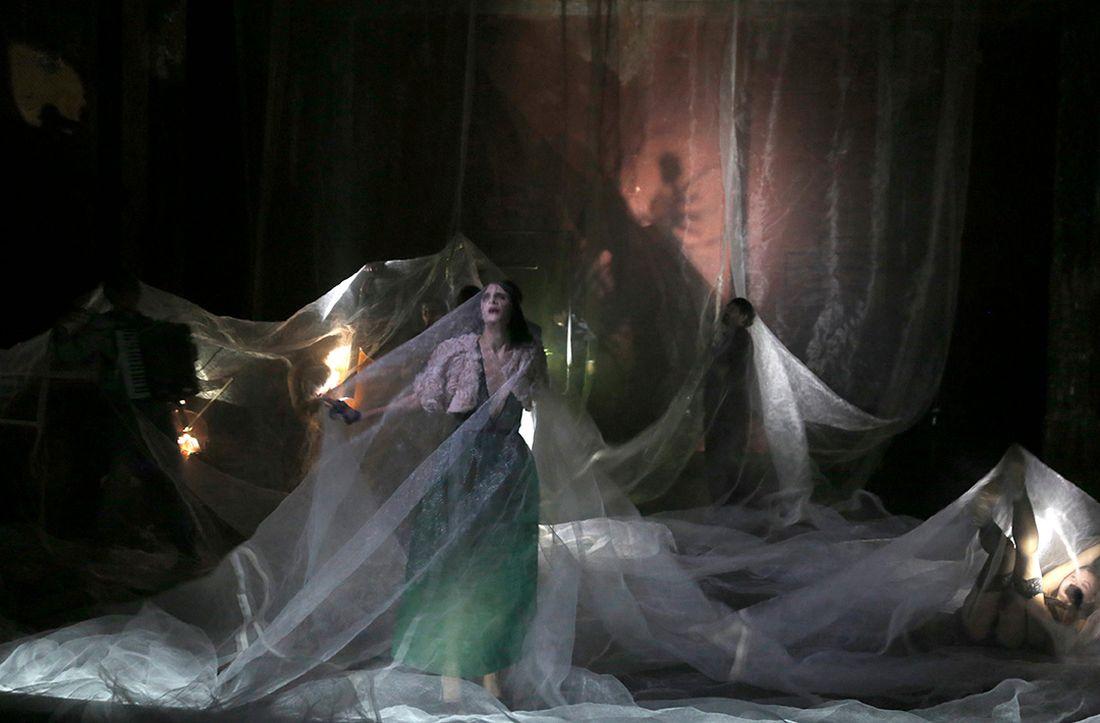 Traviata - Critique sortie Théâtre Paris Théâtre des Bouffes du Nord