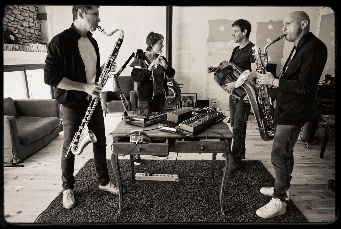 Clax Quartet + Zadza - Critique sortie Jazz / Musiques Paris Studio de l'Ermitage