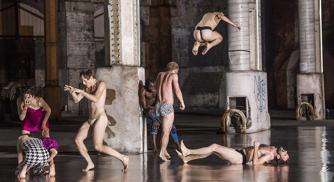 10000 gestes - Critique sortie Danse Paris Chaillot - Théâtre national de la danse