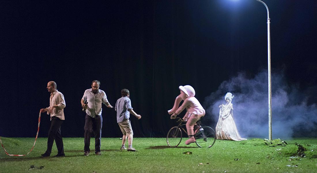 Jusque dans vos bras - Critique sortie Théâtre Douai Tandem – Scène nationale Arras Douai