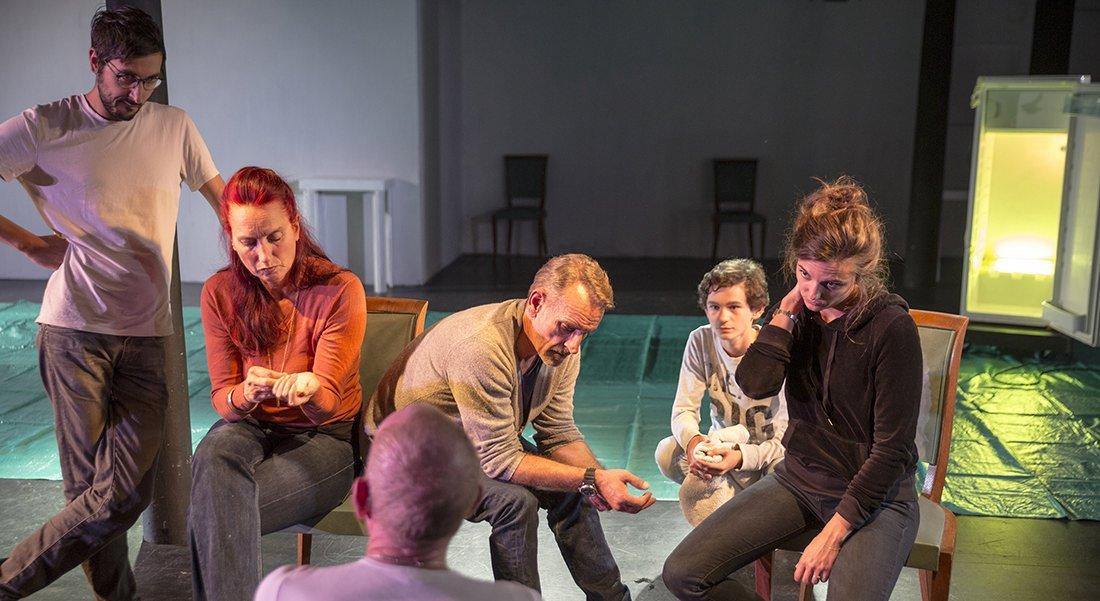 Pièce en plastique - Critique sortie Théâtre Choisy-le-Roi Usine Hollander