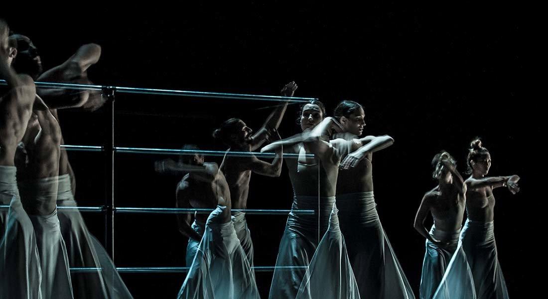 Honji Wang et Sébastien Ramirez - Critique sortie Danse Perpignan Théâtre de l'Archipel - scène nationale de Perpignan.