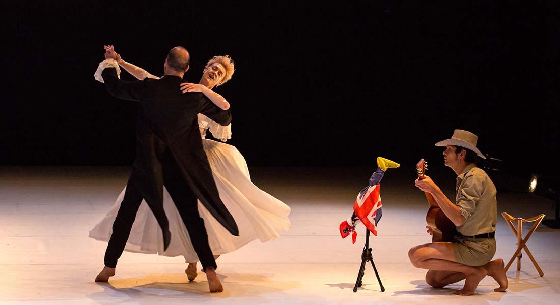 A U - Critique sortie Danse Vitry-sur-Seine La Briqueterie