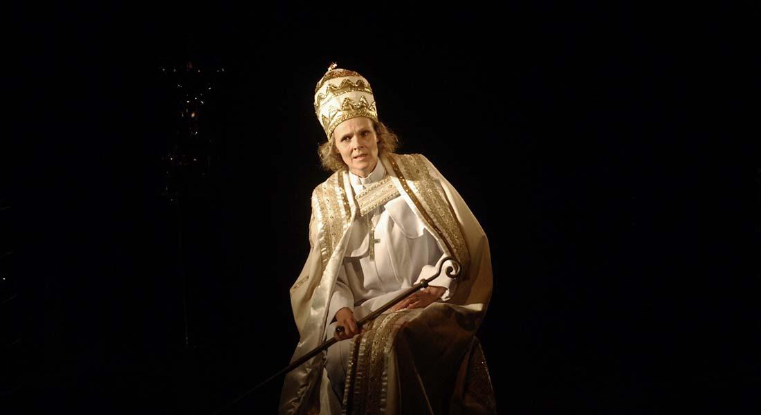 La Papesse américaine - Critique sortie Théâtre Saint-Maur-des-Fossés Théâtre de Saint Maur