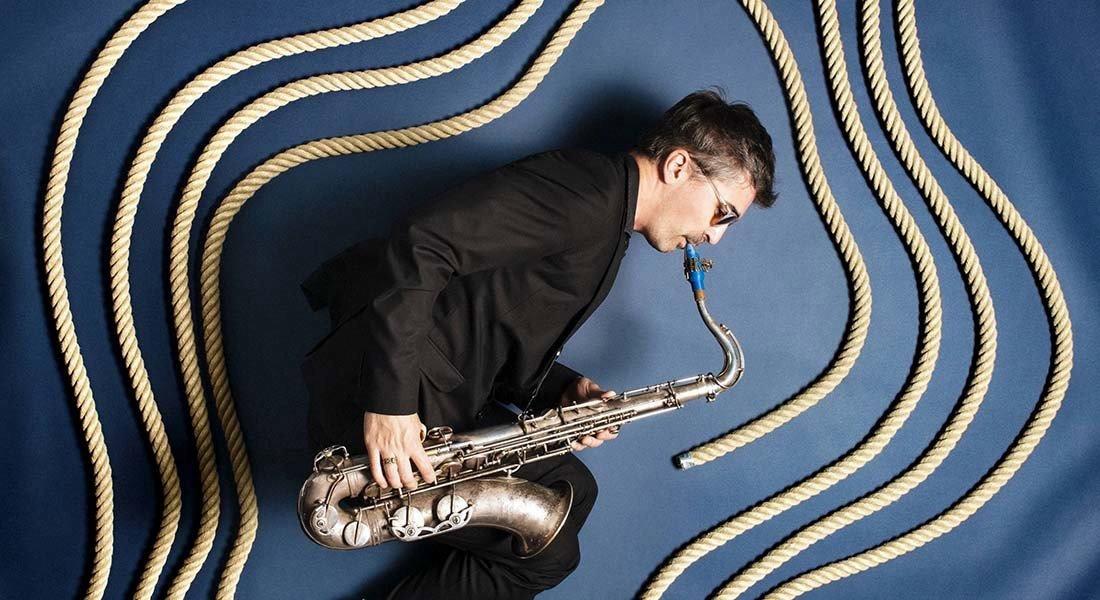 Le saxophoniste qui joue avec les cordes - Critique sortie Jazz / Musiques