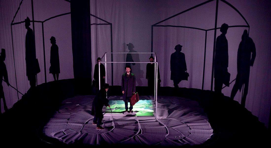 Fkrzictions- La Pièce - Critique sortie Théâtre DIJON THEATRE DIJON BOURGOGNE