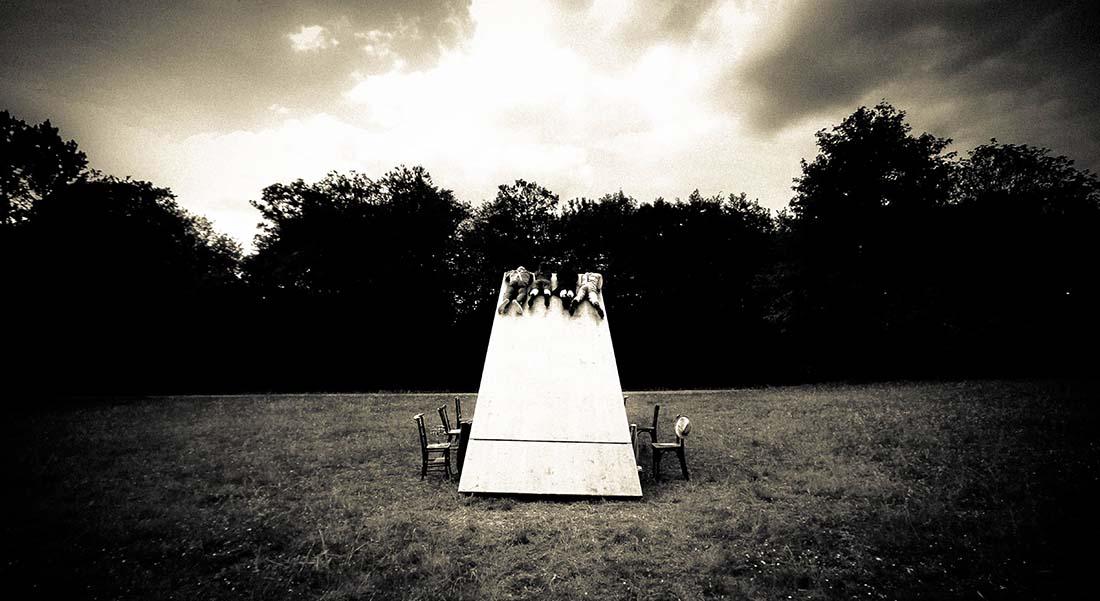 Underclouds Cie réinvente l'art de la table - Critique sortie Théâtre Brest Centre National des Arts de la Rue et de l'Espace Public Le Fourneau